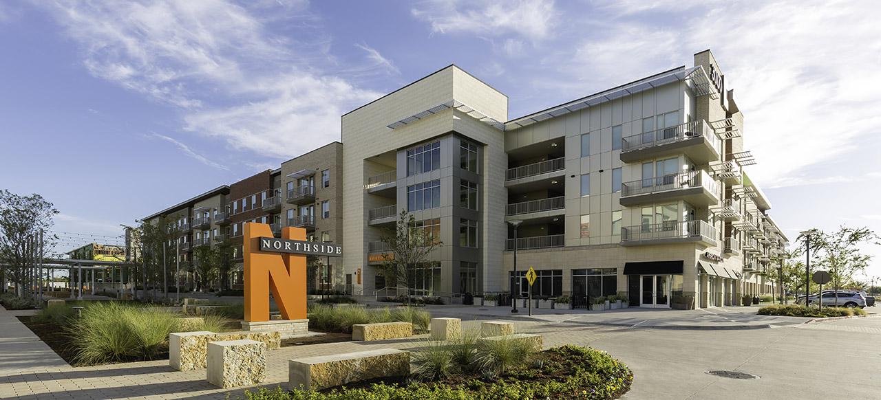 University of Texas at Dallas: Northside Exterior Sign