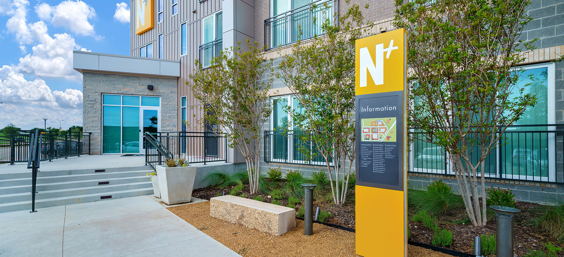 University of Texas at Dallas: Northside Exterior Sign